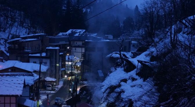 雪が降る直前の 松之山 の魅力